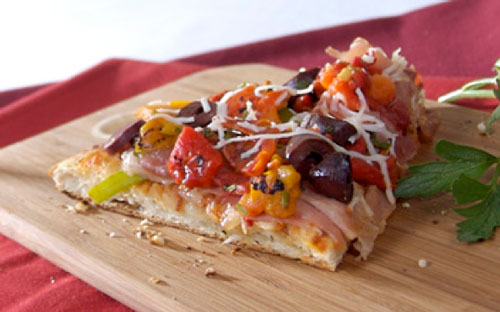 Roasted Bell Pepper and Kalamata Pizza