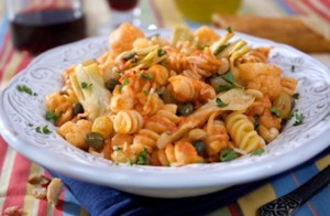 Rigatoni_with_Puttanesca_Sauce_cropped