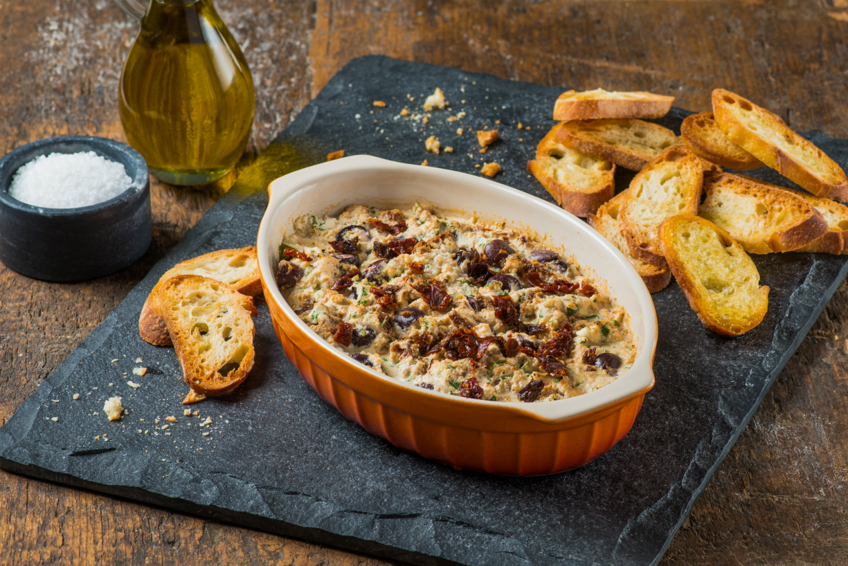 Olive and Sun Ripened Dried Tomato Ricotta Dip-011