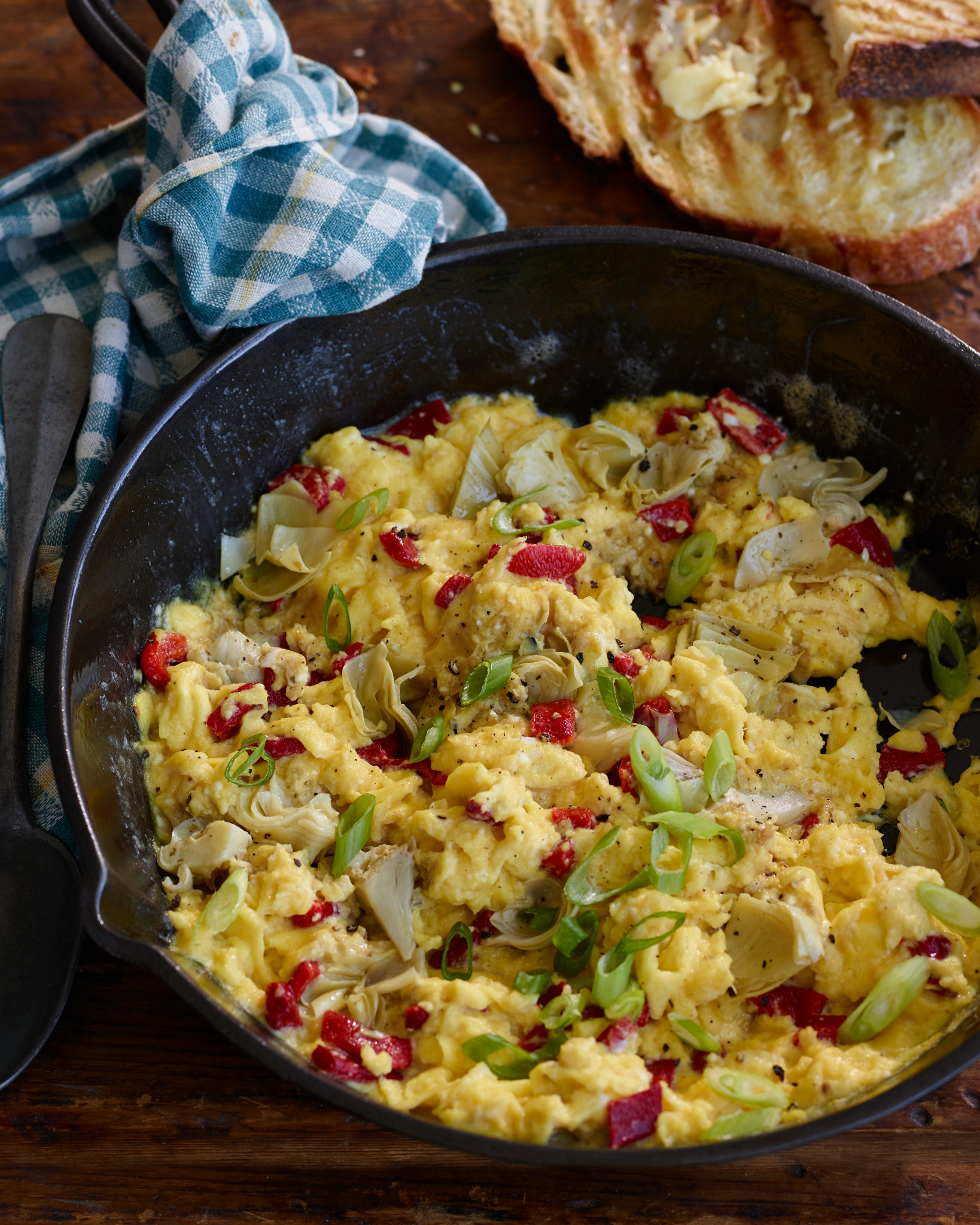 Mediterranean Breakfast Scramble